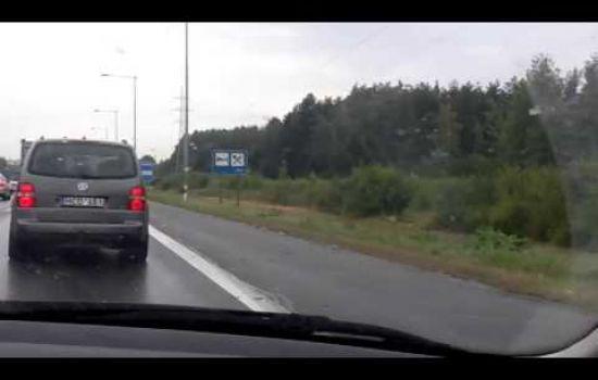 11 kelių pažeidėjų - per 1 min. 42 sek. 2014-07-11